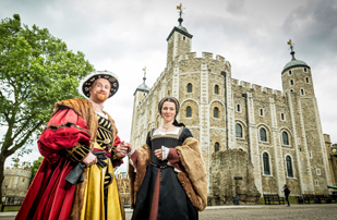 Henry VIII and Anne Boleyn in front of the White Tower