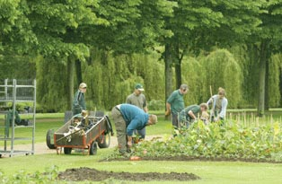 Gardeners at Hampton Court Palace