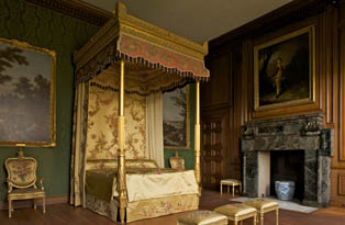 Queen Charlotte's bed, Hampton Court Palace