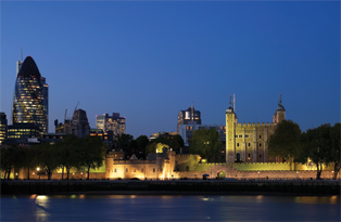 The dramatic Tower of London by night