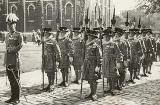 Yeoman Warders, Tower of London