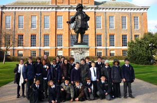 A school group outside Kensington Palace