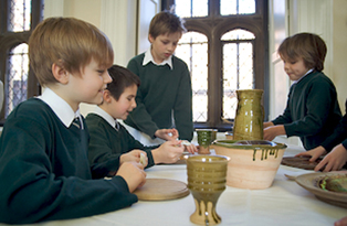 Pupils with ceramics