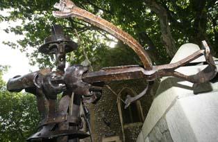 A metal crossbowman