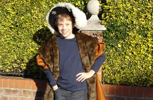 Make your own boy's Tudor gown