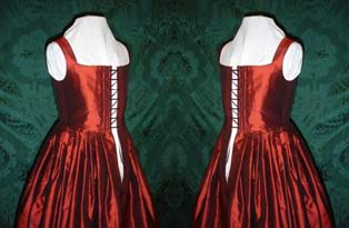A red satin kirtle fit for the King's wedding!